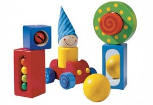 BENEFITS OF WOODEN TOYS